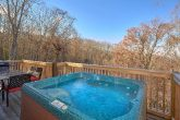 Private Hot Tub 3 Bedroom Cabin Sleeps 8
