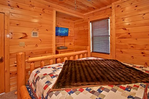 Cabin with Two King Bedrooms - Rest Assured