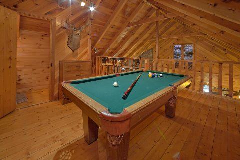 1 Bedroom Honeymoon Cabin Sleeps 2 - Restin Easy