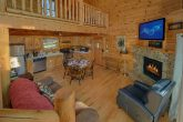 2 Bedroom Cabin with Gas Fireplace and WiFi