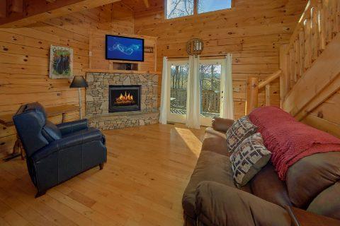 Smoky Mountain 2 Bedroom Cabin Sleeps 5 - Rippling River