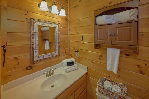 Master Bathroom with Shower - Rippling River