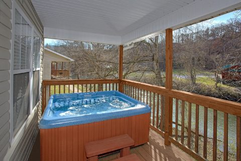 2 Bedroom Vacation Home on the River - Rippling Waters