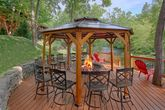 6 bedroom cabin on the river with Fire Pit