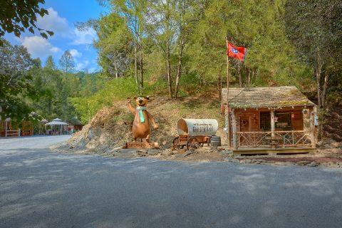 River Mist Resort Entrance - River Adventure Lodge