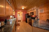3 Bedroom Luxury cabin with Full Kitchen