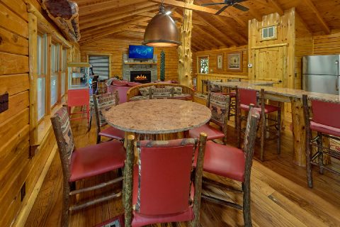 Premium River Cabin with large dining room - River Edge