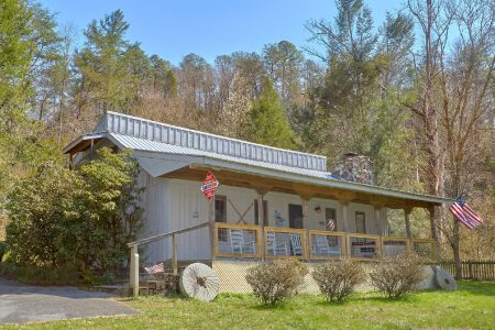 Making More Memories: 2 Bedroom Sevierville Cabin Rental