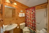 2 Bedroom Cabin with Main Level Bathroom
