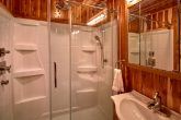 Luxurious 7 Bedroom Cabin with Private Bathrooms