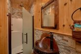 Luxurious Bathrooms in cabin on the River
