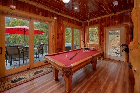 7 bedroom cabin on the river with Pool table - River Mist Lodge