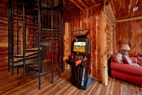 7 Bedroom cabin with Buck Hunter Aracde Game - River Mist Lodge