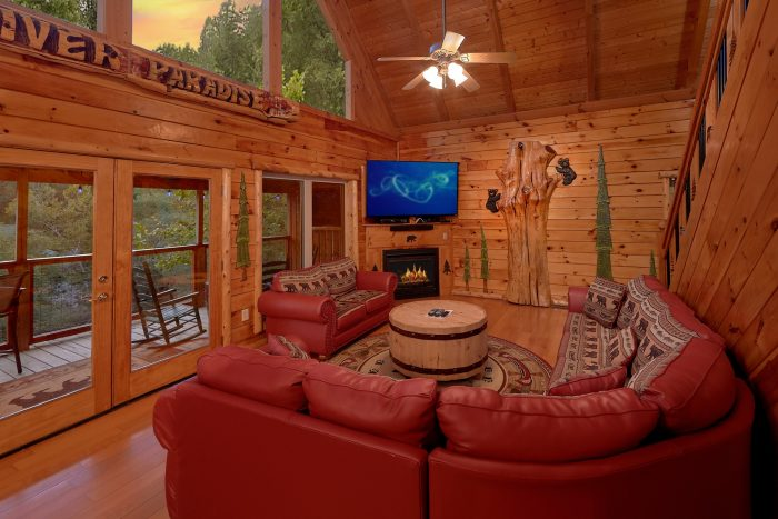 Cabin with Dining Room overlooking the Water - River Paradise