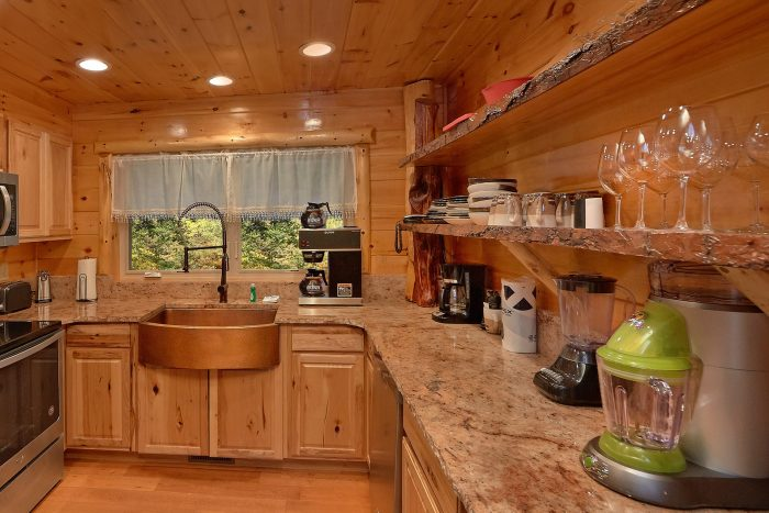 3 Bedroom Cabin with a Baby Crib and King Bed - River Paradise