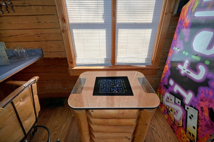 2 Bedroom Cabin on the water with arcade game - River Pleasures