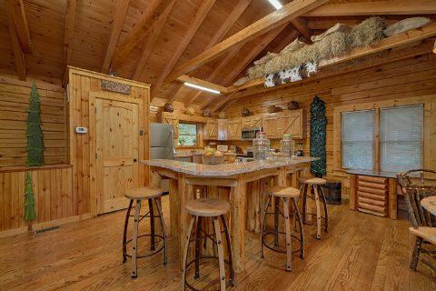Premium 2 bedroom cabin with luxury kitchen - River Retreat