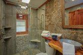 Luxurious Bathroom in 2 Bedroom Cabin