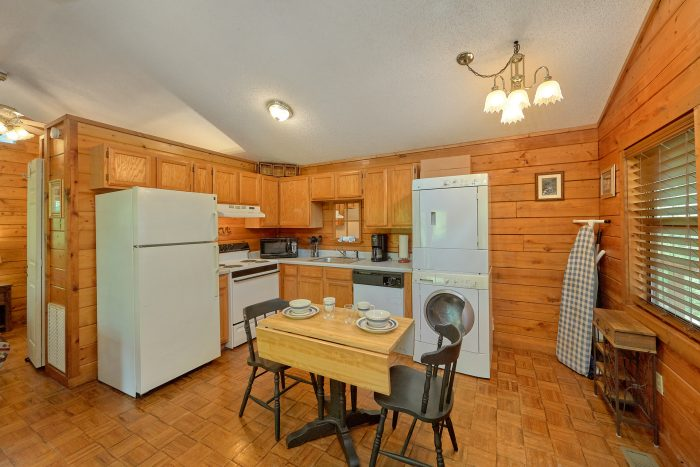 1 Bedroom Cabin on the river with full kitchen - River Rush