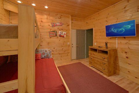 7 Bedroom cabin with 2 bun bedrooms for kids - Rocky Top Lodge