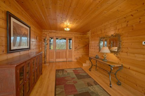 Premium 7 Bedroom Cabin that sleeps 21 guests - Rocky Top Lodge