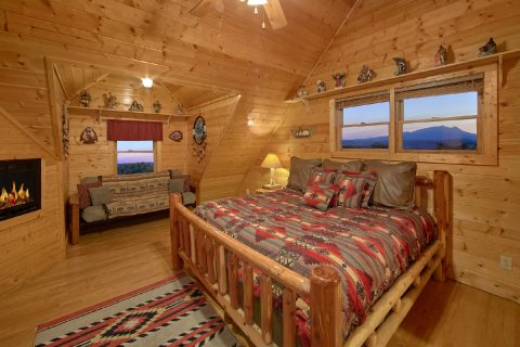 Smoky Mountain Cabin with 4 King Bedrooms - Rocky Top Lodge