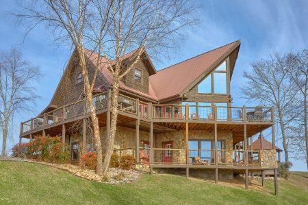 On the Creek: 7 Bedroom Sevierville Cabin Rental