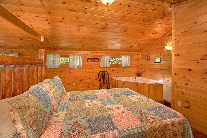 Cozy 2 Bedroom cabin with Queen beds and loft - Rolling Creek