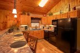 1 Bedroom Cabin with Full Kitchen and Dining
