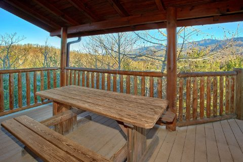 Picnic Table and Spectacular Views - Royal Vista