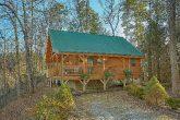 Secluded 2 bedroom cabin in Gatlinburg