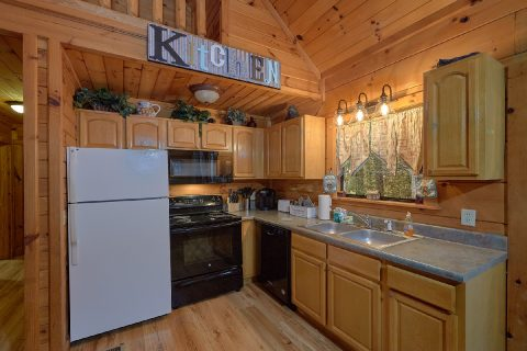 Full kitchen in Private 2 bedroom cabin - Running Creek