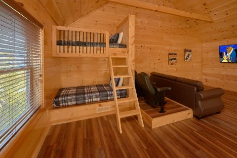 2 Bedroom cabin with Bunk Beds and game Loft - Rushing Waters