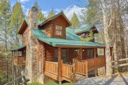 Campfire Lodge: 3 Bedroom Sevierville Cabin Rental