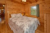 3 Bedroom Cabin with Queen Bed