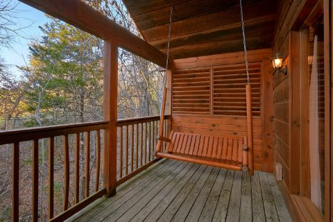 Covered Deck with Swing 1 Bedroom - Saw'n Logs