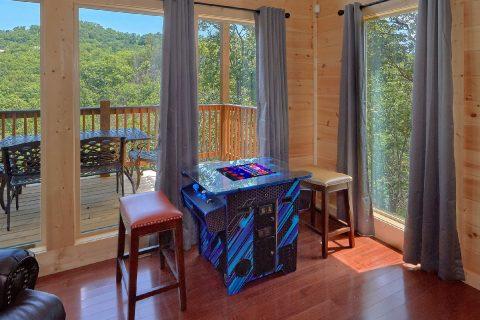 Indoor Pool 2 bedroom Cabin Sleeps 6 - Scenic Mountain Pool