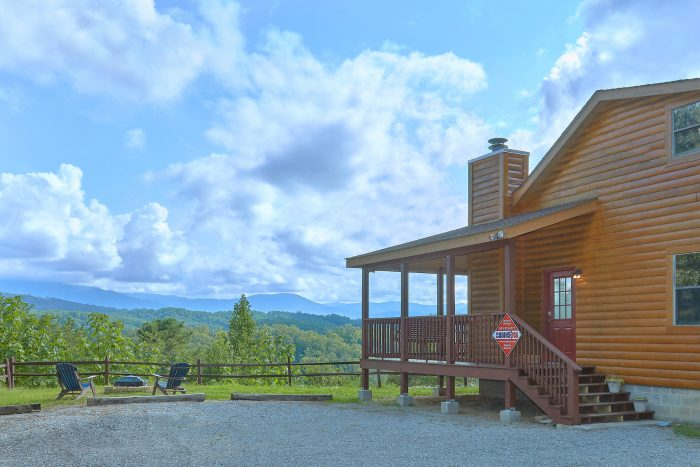 Views of the Smoky Mountains from secluded cabin - Sea of Clouds