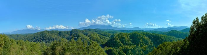 3 Bedroom cabin with View of the Smoky Mountains - Sea of Clouds