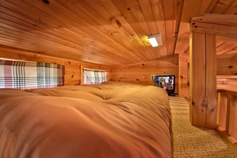 Cabin with Kid Loft and TV - Secret Rendezvous