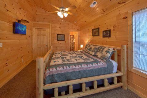 Main Floor Bedroom - Serenity