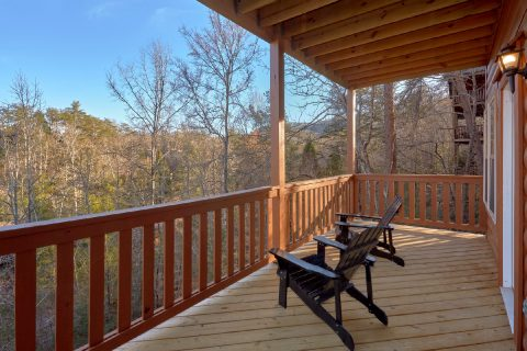 2 Bedroom Cabin with Covered Deck Pigeon Forge - Serenity
