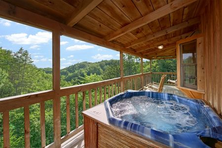 Mountain Laurel: 1 Bedroom Gatlinburg Cabin Rental