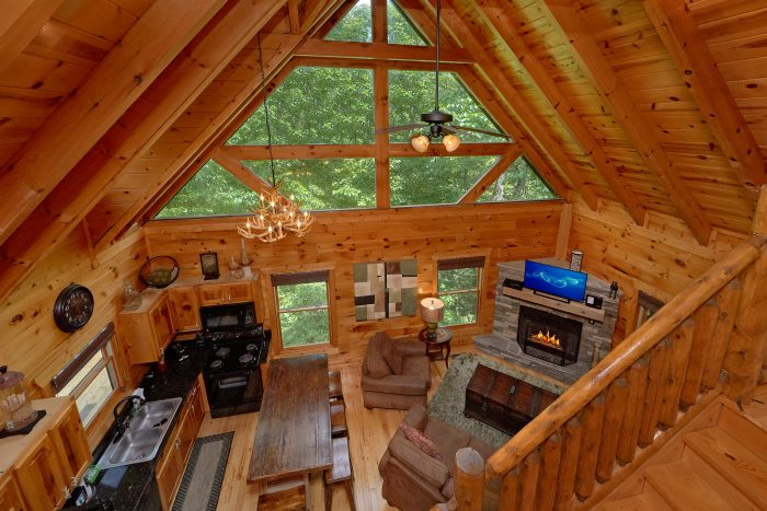 3 Bedroom Cabin with a Loft - Settlers Ridge Cabin
