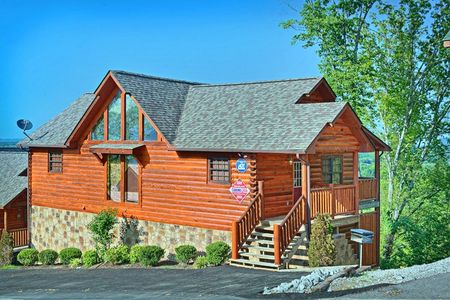 Smoky Vista: 4 Bedroom Sevierville Cabin Rental