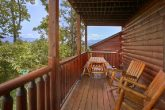 4 Bedroom Cabin with Picnic Table and View
