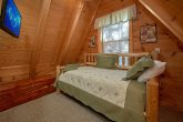 3 Bedroom Sleeps 8 Top Floor Queen/Full Bed