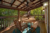 3 Bedroom Cabin with Outdoor Dining