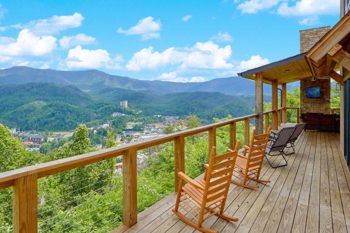 Smokey Mountain High Vacation Home Rental Photo