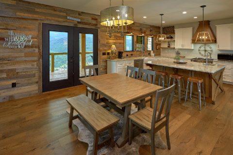 Beautiful 4 Bedroom Home Gatlinburg Sleeps 10 - Smokey Mountain High